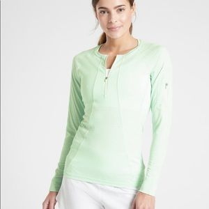 NWT Athleta fitted long sleeve XS Pacifica shirt